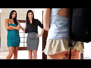India Summer, Hannah Hartman and Nikki Daniels at Mommys Girl