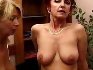 Mature lez ladies testing some dildos