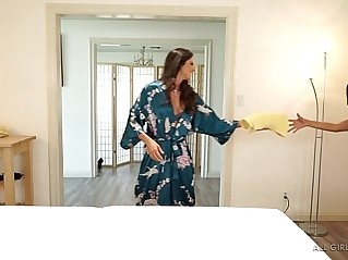Seducing a married woman in the spa Aspen Rae, Reena Sky